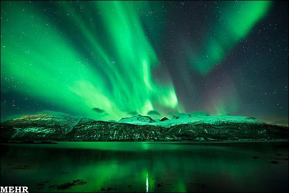 نمایشی از جدیدترین شفقهای قطبی